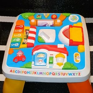 Fisher Price Laugh and Learn Smart Table